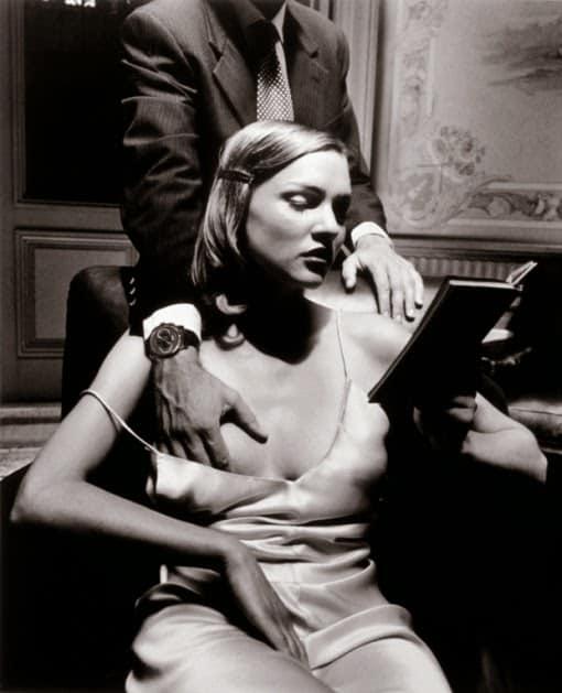 Helmut-Newton_woman_man-touching